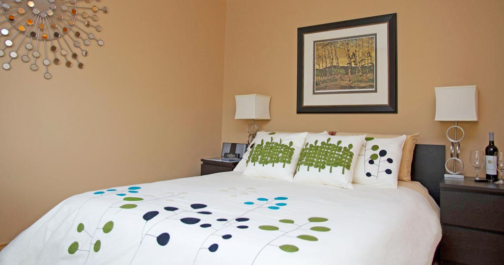 hotel-squamish-bed