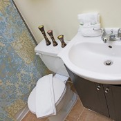 Hotel Squamish Bathroom